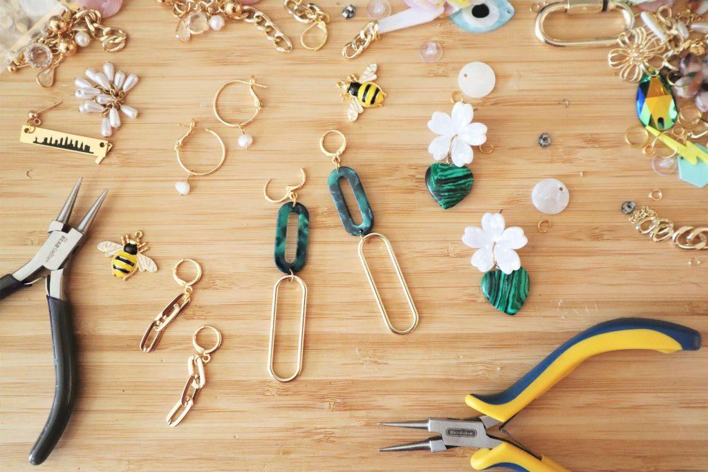 הדס מעצבת תכשיטים בניו יורק